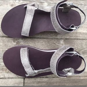 fd5979ccfe5c0b Teva Shoes - Silver and Purple Limited Edition